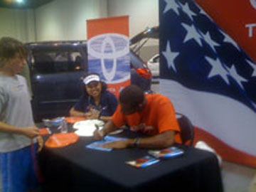 Cullen signs autographs